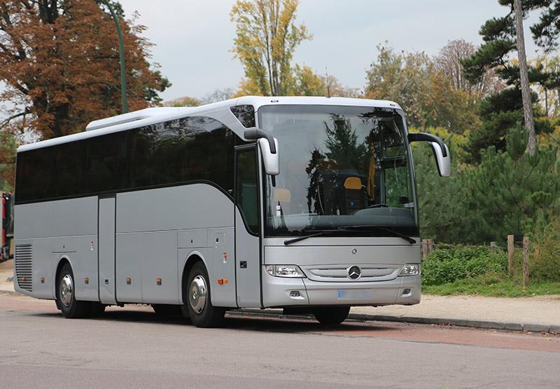 https://www.autocar-minibus-minicar-seta-paris.com/images/flotte/car-55-places/location-autocar-paris-4b.jpg